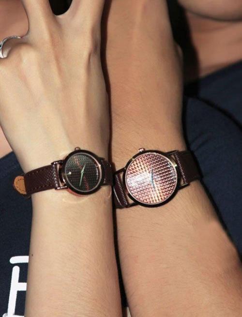 Mẹo bảo quản đồng hồ cặp dây da đẹp và lâu bền
