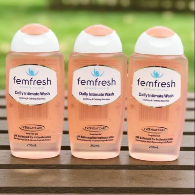 dung dich ve sinh phu nu khu mui femfresh daily intimate wash 250ml anh anh 01