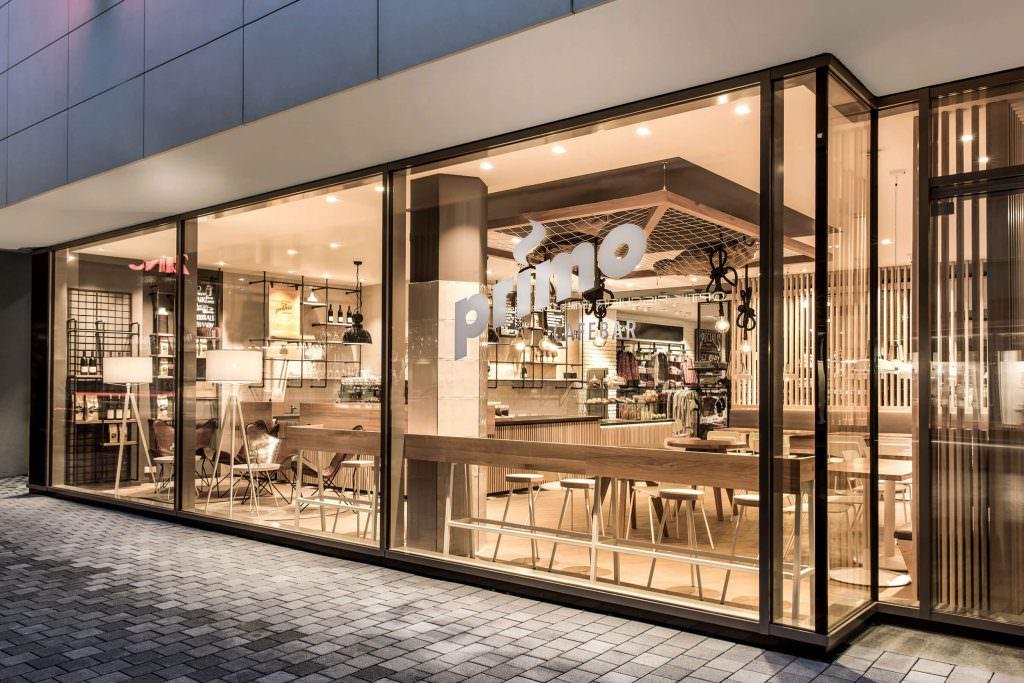 nội thất quán cafe cuốn hút chất liệu gỗ