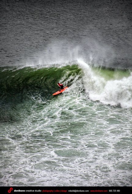 Surf challenge La Galea by Donibane