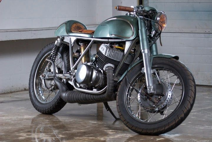 Escape cafe racer