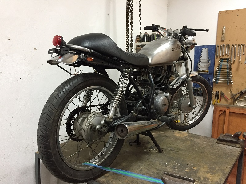Subchasis cafe racer