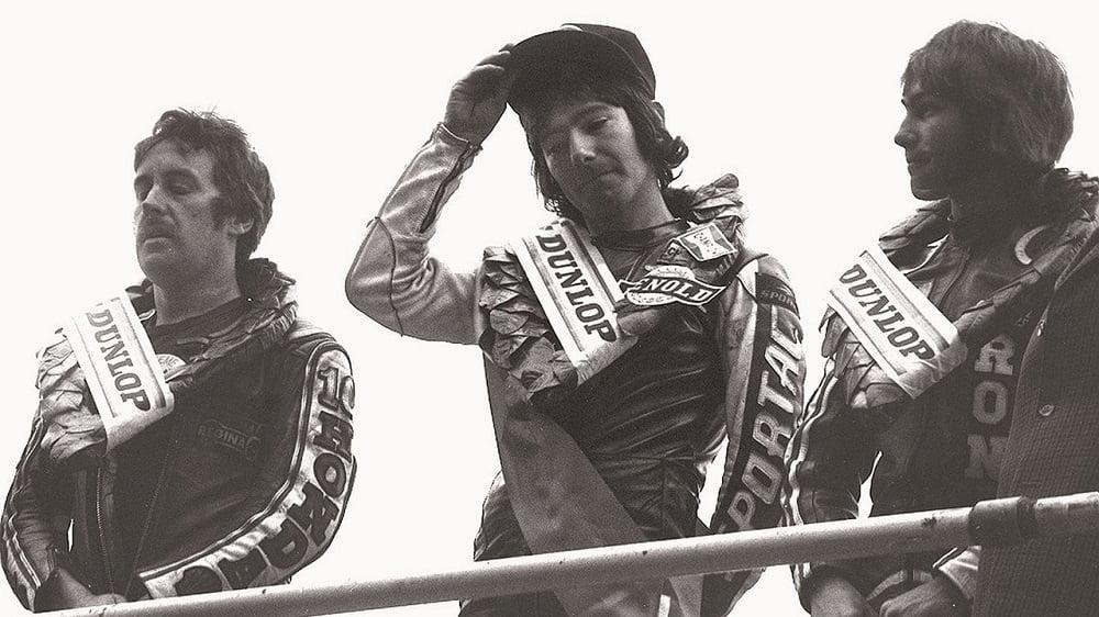 Joey Dunlop en el podium de la TT de la isla de Man