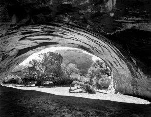 90065 Navajo Arch, UT 1990