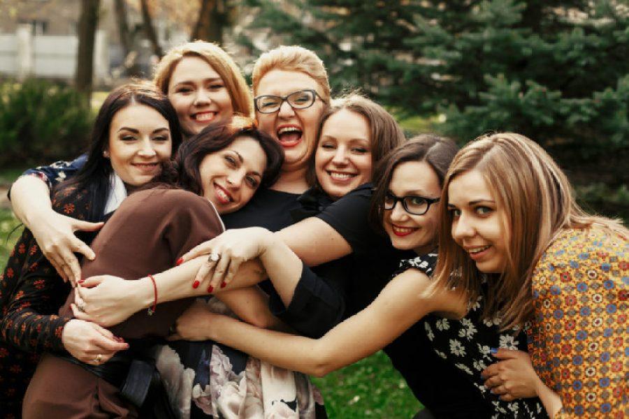 WHEN WOMEN SUPPORT WOMEN AMAZING THINGS HAPPEN