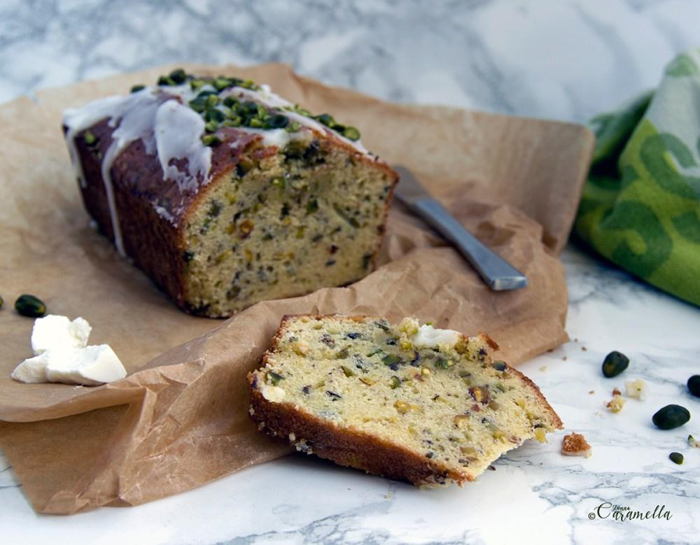 cake met pistachenootjes