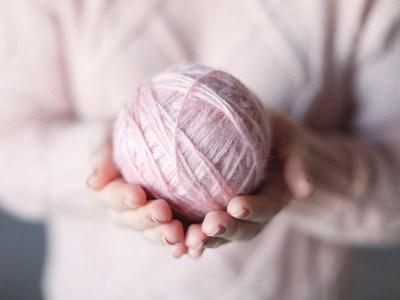 Easy Crochet Hat for Blogmas