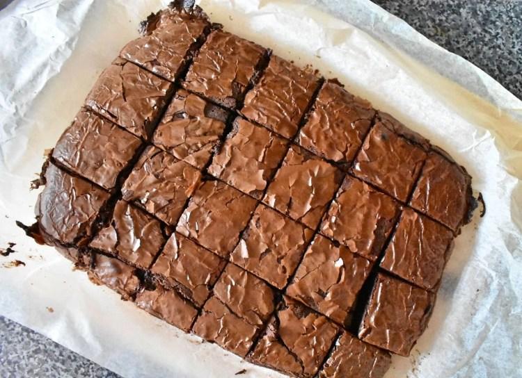 Cracked Top of Nutella Brownies