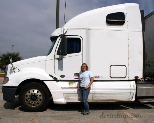 Yes, I'm a Girl and I can drive a Semi Truck #TruckerTuesday