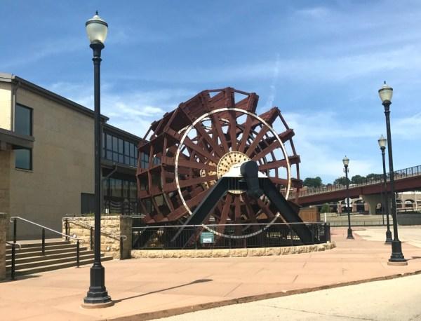 National Mississippi River Museum & Aquarium