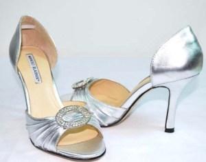manolo blahnik silver open toed shoes