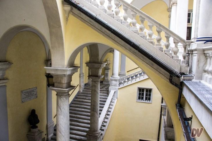 Dalla scalinata.