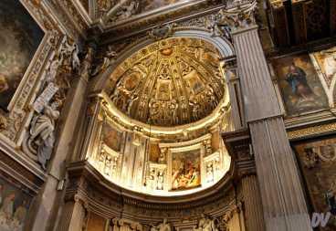 L'interno della Chiesa.
