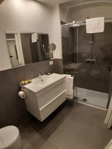 Il bagno della stanza