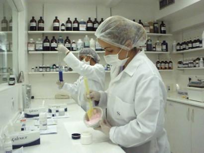 Farmácia de Manipulação No Rio de Janeiro, Endereço, Telefone e Site