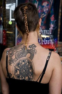 tatuagem 20em 20mulher1 Como cuidar das tatuagem ao longo dos anos
