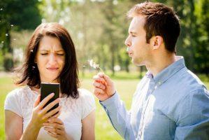 celular-atrapalha-relacionamentos