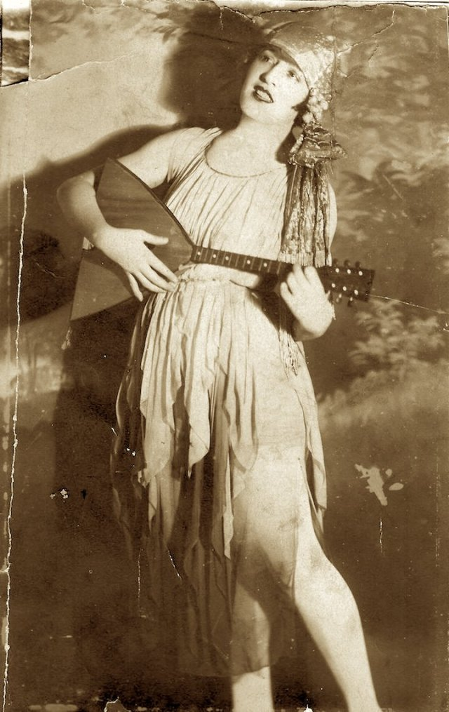 Photo of Donna Darling with Balalaika