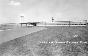 Photo of Parkview Elementary c. 1957.