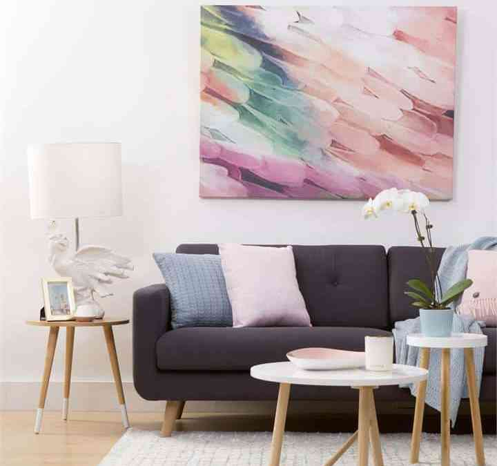 How To Get A Chic and Relaxed Living Room
