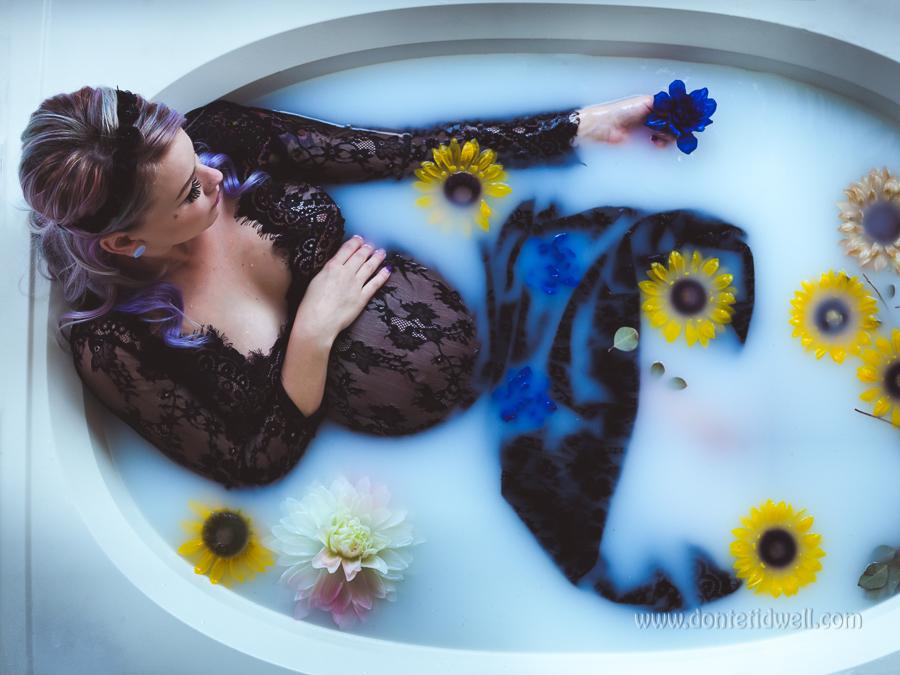Maternity Milk Bathtub Photoshoot Donte Tidwell Los