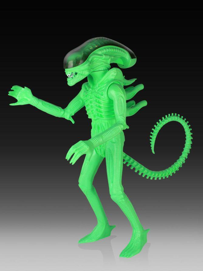 Alien Gentle Giant 01