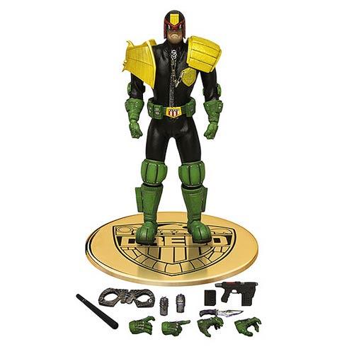Mezco Dredd 02