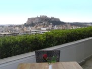 having lunch with the Parthenon
