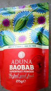 Low sugar creamy beet & baobab smoothie Breakfast Grainfree snack vegan
