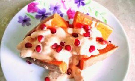 Bejewelled bean & creamy chipotle filled sweet potato Dinner Grainfree Lunch vegan