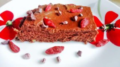 Wholemeal double chocolate brownies with avocado frosting Desserts snack vegan