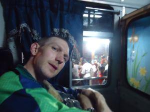 non air conditioned buses sri lanka