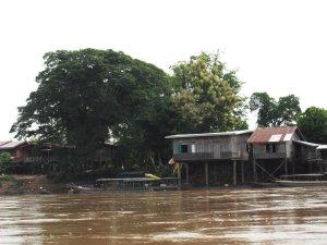don det by boat laos