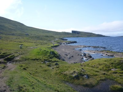 Myths and legends on the walk around Sorvagsvatn Lake
