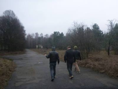 The walk to the radar system