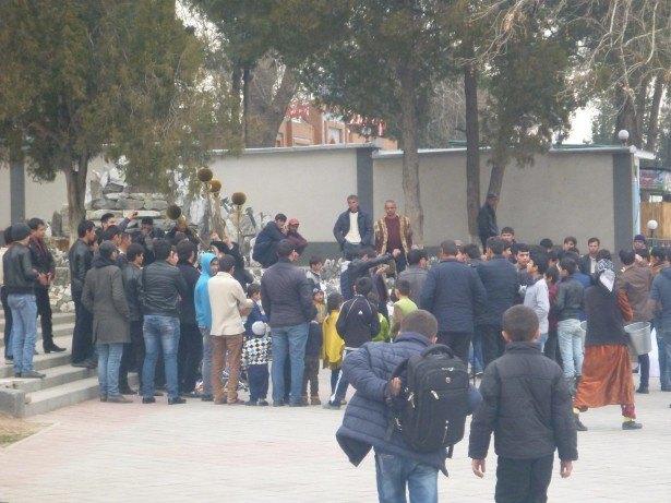 The day I gatecrashed a wedding in Tajikistan