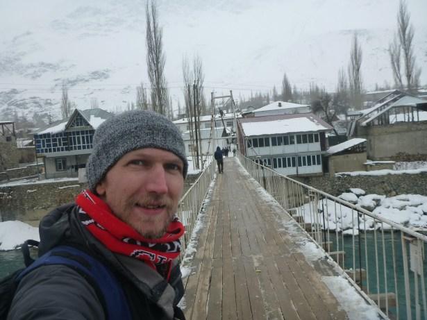 crossing Ghund River, Khorog