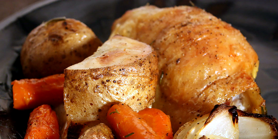 One Pan Roasted Chicken & Vegetables - Super easy and incredibly delicious meal all in one pan!