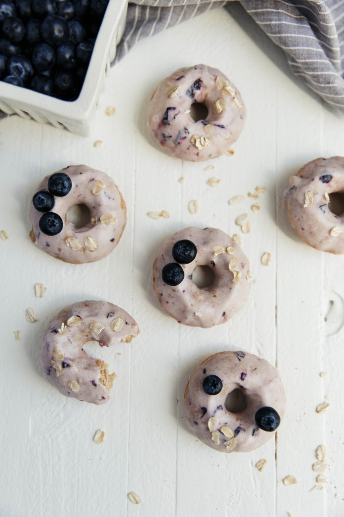 Healthy Blueberry Oatmeal Donuts