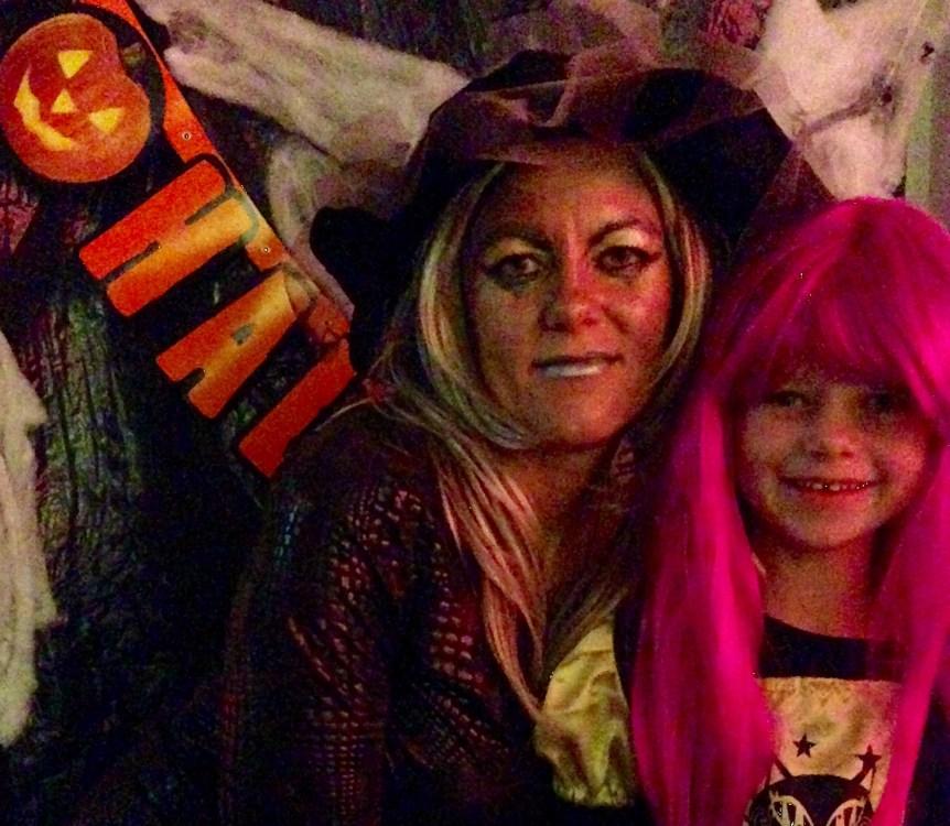 Heksemutter og mini-heksen