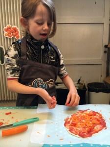 Prinsessen laver pizza