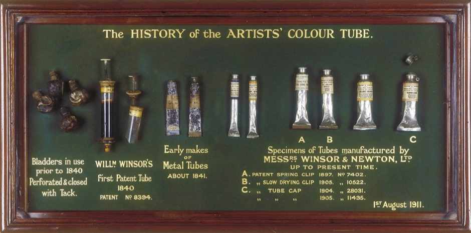 Winsor & Newton tube display