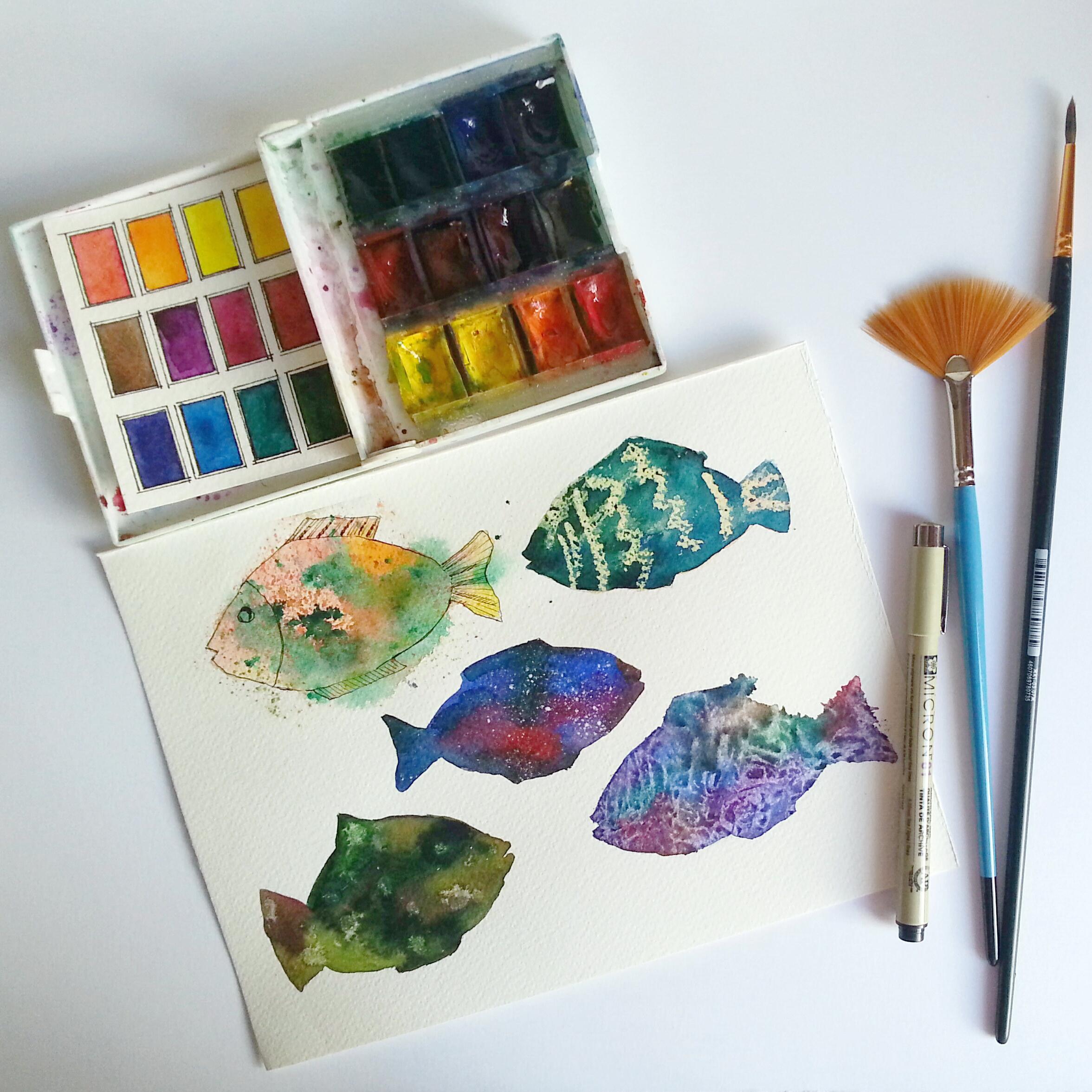 #WorldWatercolorGroup - Watercolor by Katiya Che of fish - #doodlewash