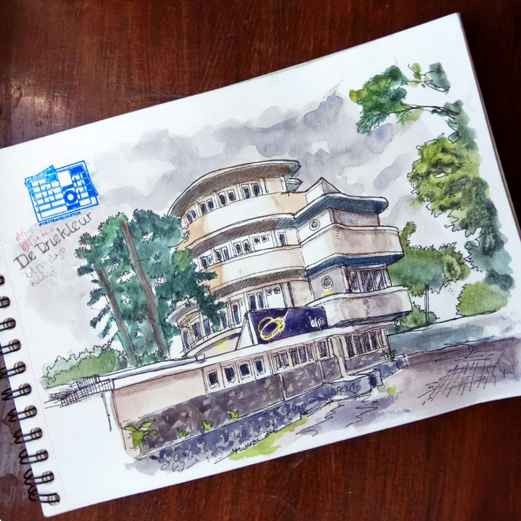 i've been volunteering with 101 bandung travelsketch last month… walking around event lo