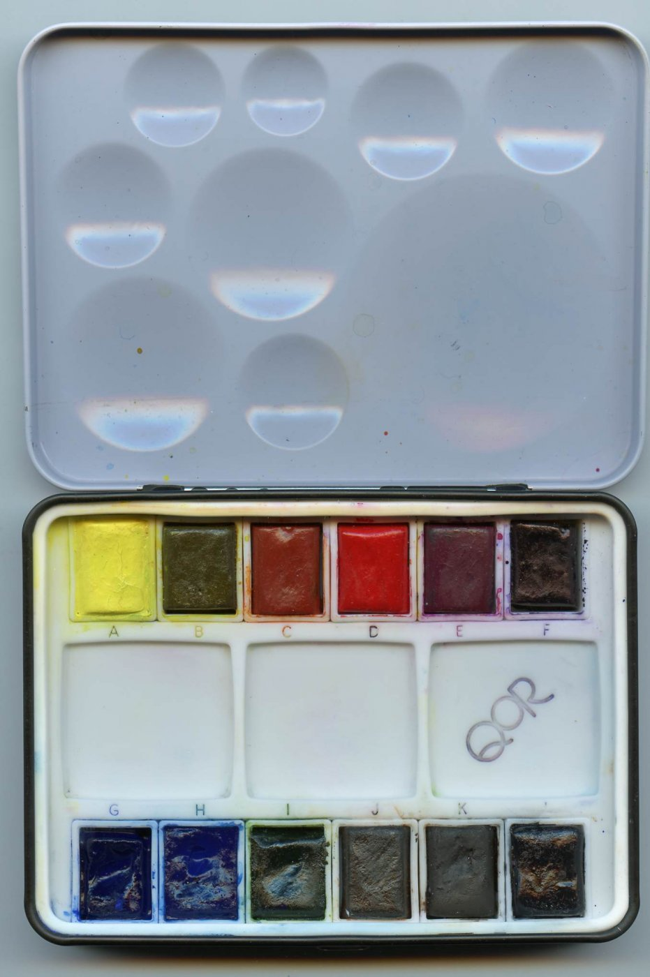 QoR Mini Palette Interior View