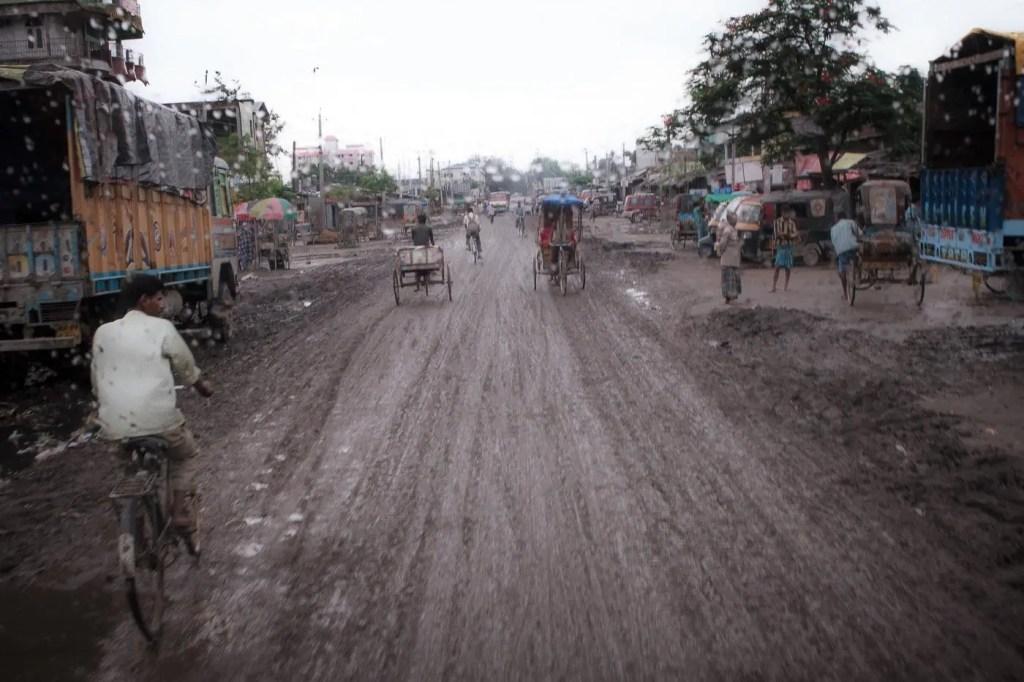 Stagione dei monsoni, Dhing (India)
