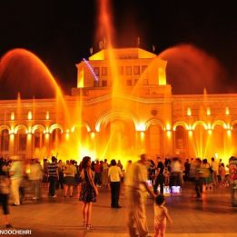 Dancing Fountains Public Attraction