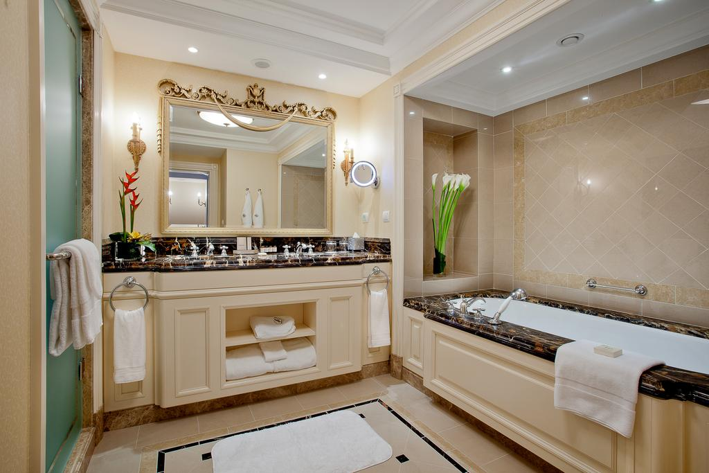 Bathroom - Hotel Fairmont