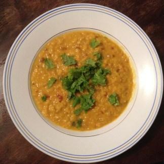 Soupe Lentilles Corail Coriandre et Curcuma