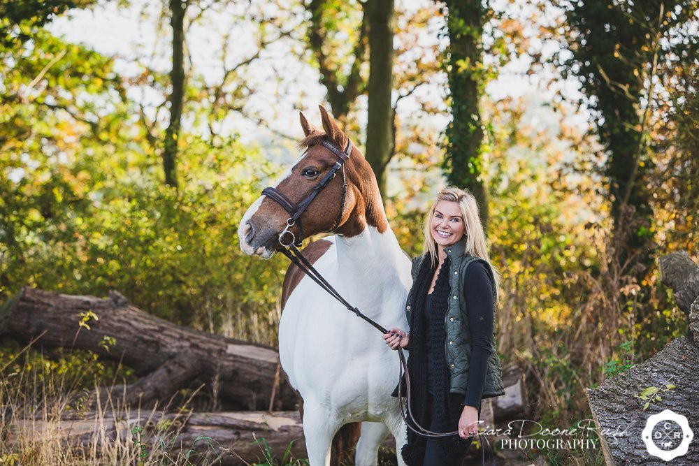 Mother, daughter and horse photo shoot